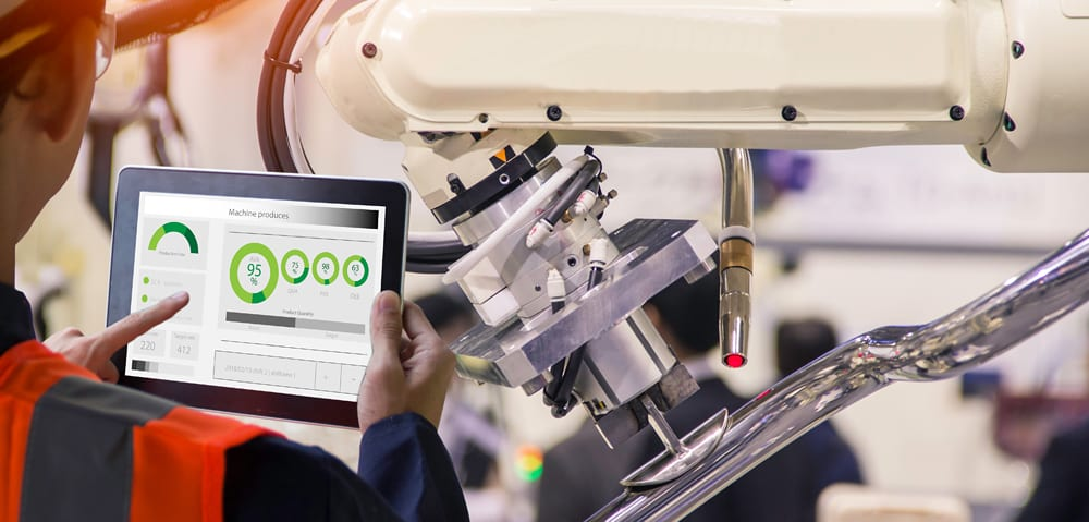 Drive innovation in manufacturing with cellular connectivity